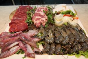 thức ăn bổ máu đồ hải sản