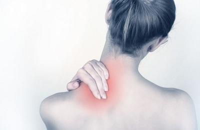 biểu hiện bệnh đau vai gáy
